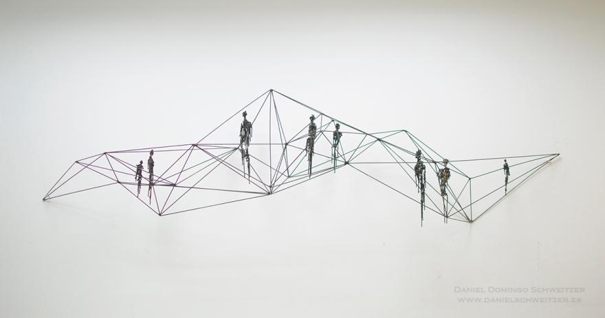 WEB. Daniel Schweitzer, Sujetos, 2016, hierro, 60 x 210 x 45 cm. (pieza de pared, precio aprox