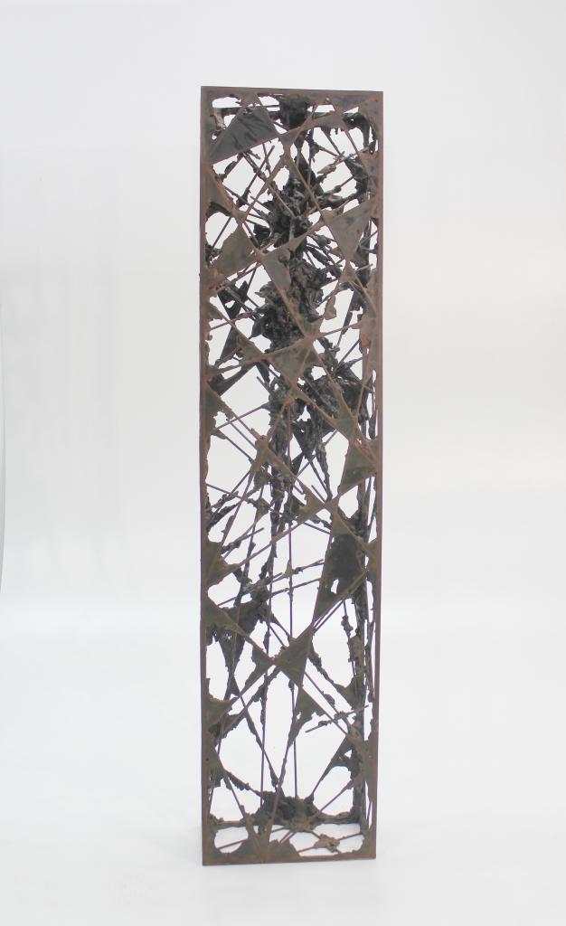 Acotacion IV, 2015, hierro y epoxi, 130x16x30 (1)
