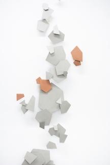 dispersion-geometrica-2020-acero-y-cobre-185-x-48-x-10-cm.-23-componentes-4